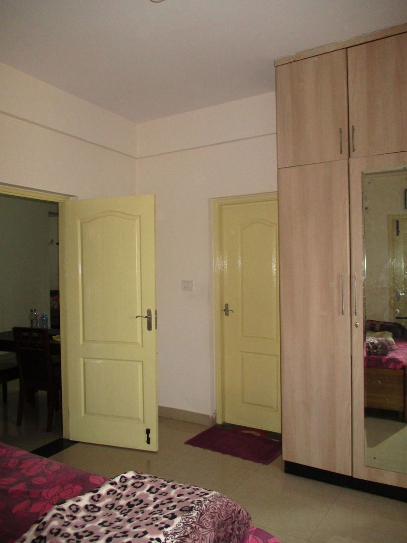 10J7U00159: Bedroom 1