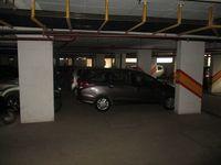 10J7U00159: parking 1