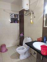 13NBU00304: Bathroom 1
