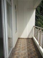 15OAU00131: Balcony 1