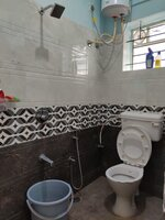 15M3U00023: Bathroom 1