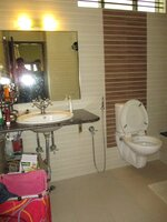 15A4U00267: bathroom 3