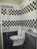 15S9U01073: Bathroom 1