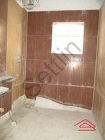 12M5U00044: Bathroom 2