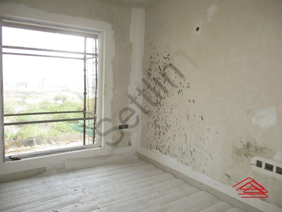 12M5U00044: Bedroom 1
