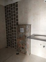 15J6U00032: Bathroom 2