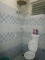 13J6U00263: Bathroom 2