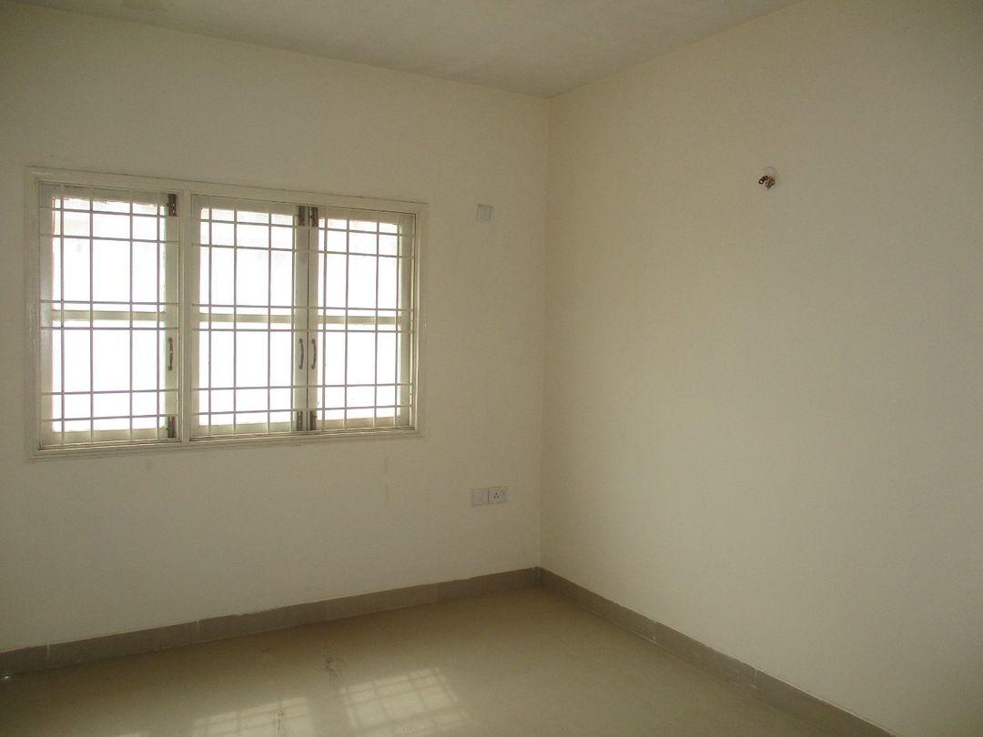 B401: Bedroom 1