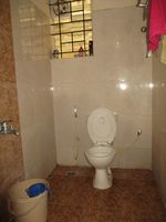 13F2U00052: Bathroom 2