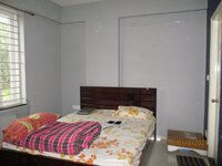 15A8U00569: Bedroom 2