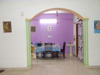 13M5U00540: Hall 1