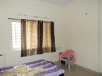 13OAU00101: Bedroom 2