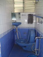 12OAU00135: Bathroom 2