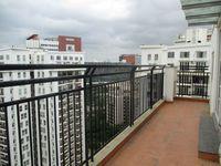 10A8U00010: Balcony 1