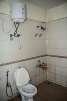 13NBU00273: Bathroom 2