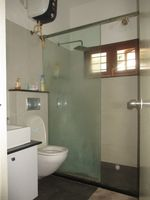11NBU00462: Bathroom 2