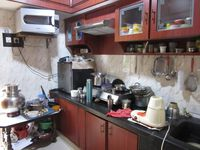13J6U00389: Kitchen 1