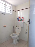 12M3U00070: Bathroom 1