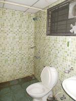 12DCU00240: Bathroom 3