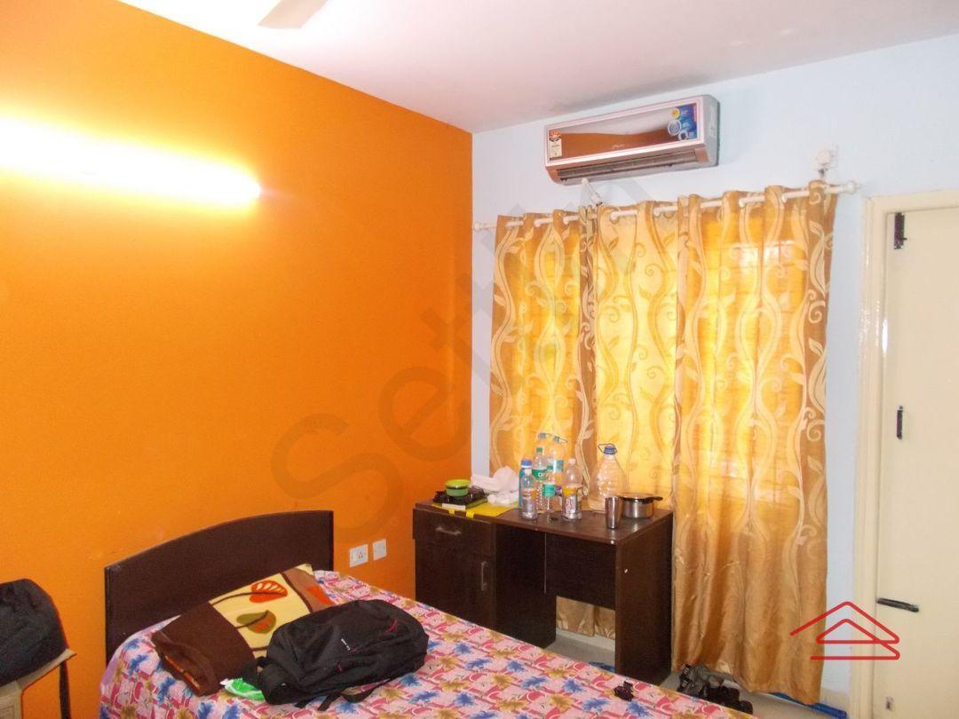 12DCU00240: Bedroom 1