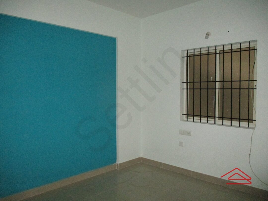 14NBU00516: Bedroom 1