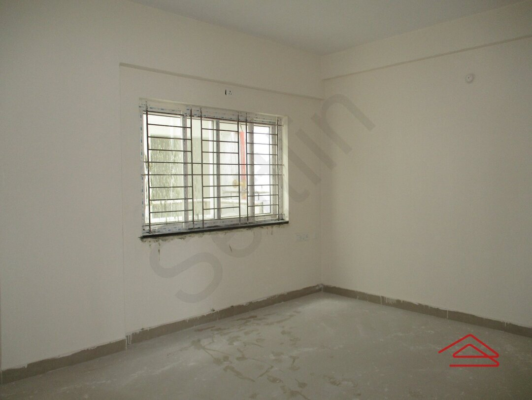 15S9U00801: Bedroom 1