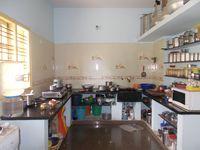 12J6U00339: Kitchen 1