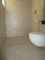 13M5U00035: Bathroom 2