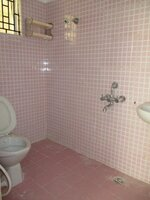 15M3U00122: Bathroom 2