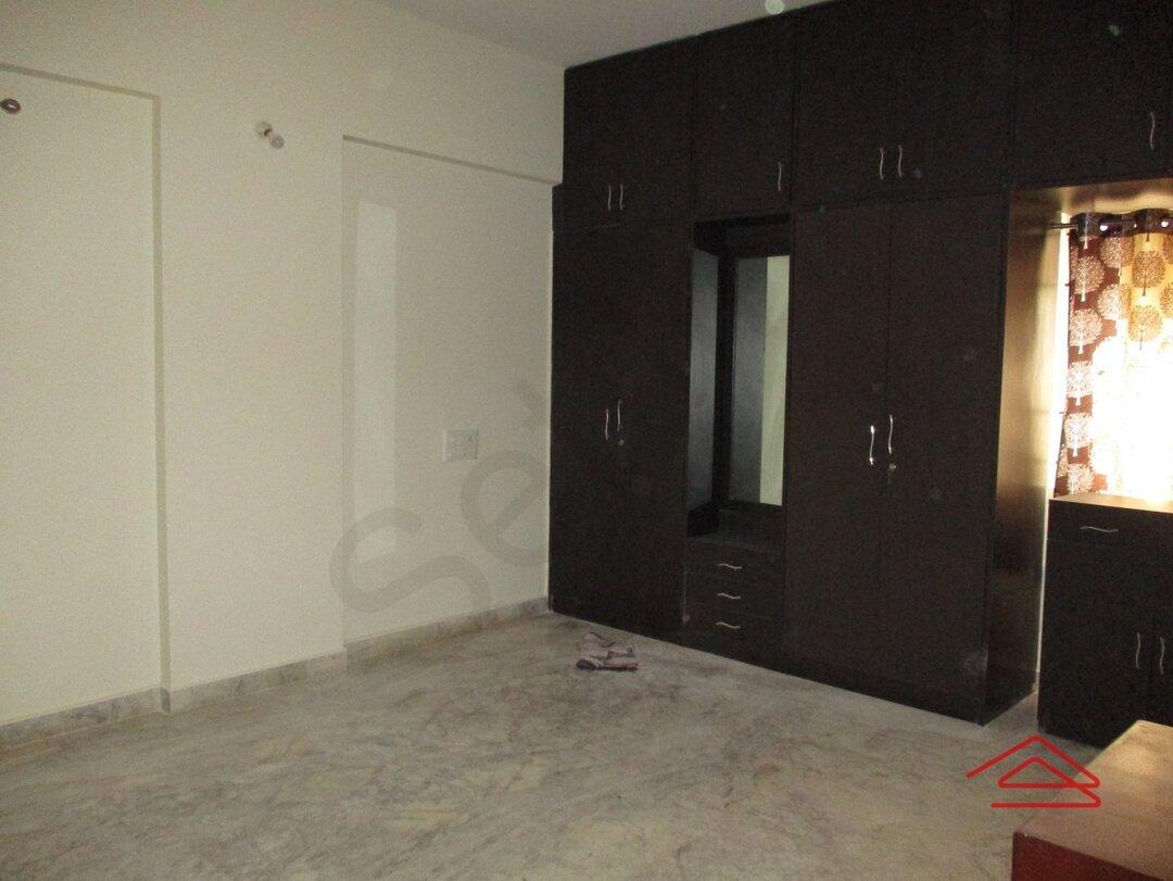 15M3U00122: Bedroom 1