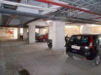 12J1U00201: parking 1