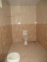 11J6U00187: Bathroom 2