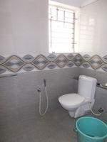 12OAU00035: Bathroom 1