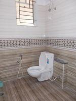 12OAU00035: Bathroom 3