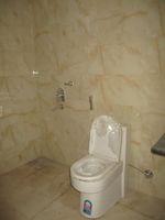 11A8U00018: Bathroom 1