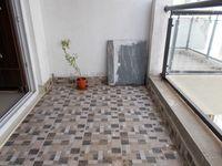 13J1U00064: Balcony 1