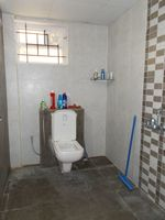 13J1U00064: Bathroom 1