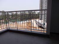 12NBU00187: Balcony 1
