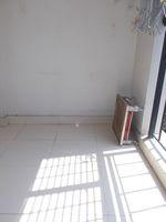 12M5U00023: Balcony 2