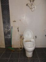 12M5U00023: Bathroom 2