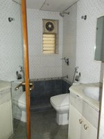 14F2U00135: Bathroom 4