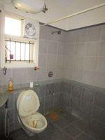 13M3U00338: Bathroom 3