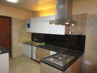 13M3U00338: Kitchen 1