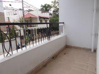 13J6U00453: Balcony 2