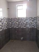 13J6U00453: Bathroom 3
