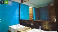 14J1U00405: Bathroom 3