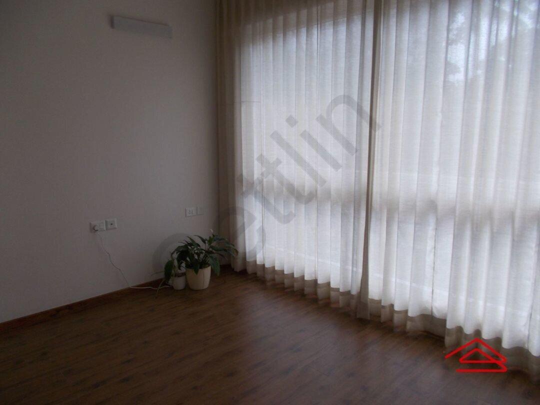 15F2U00274: Bedroom 1