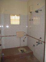 13DCU00264: Bathroom 3