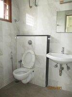 15J7U00236: Bathroom 3