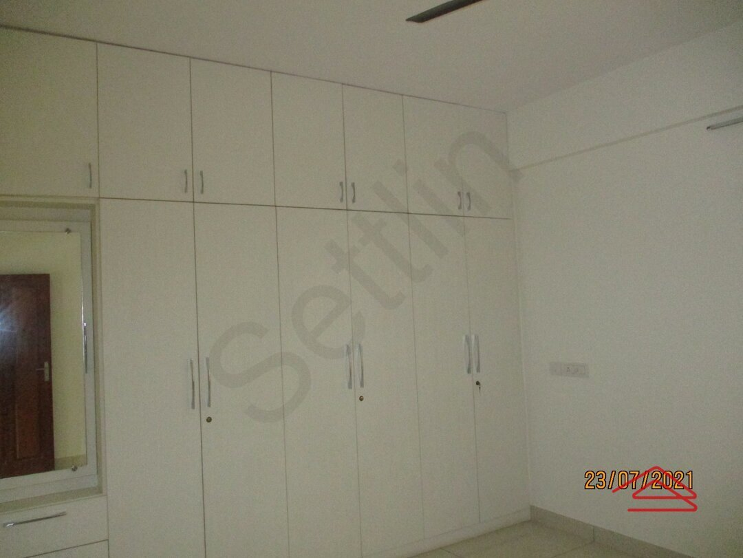 15J7U00236: Bedroom 1
